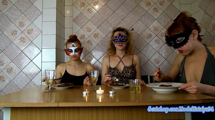 Scat Threesome: Three girls eating their own shit - (ModelNatalya94) [FullHD 1080p]