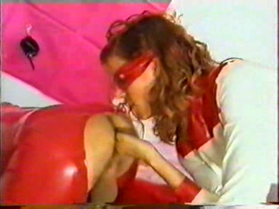 Scat Girls - Grenzbereich 40 [DVDRip/474 MB]- Szene X
