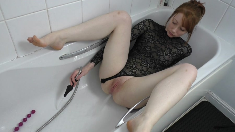 ScatSlammers - Shower Hose Douching (Poop Videos, Solo) - Big Farting Girls [HD 720p]