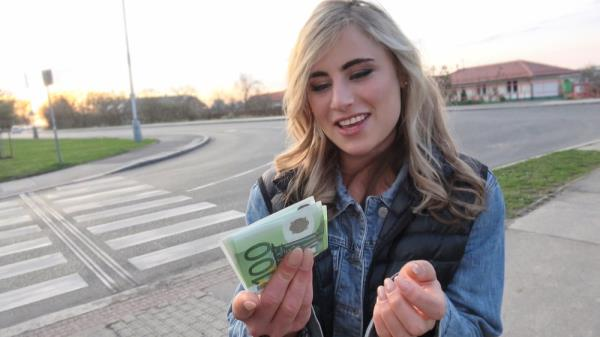 PublicAgent, FakeHub: Lindsey Cruz - Sexy American blonde sex for cash (POV, Outdoor, Facial, Deep Throat) 1080p