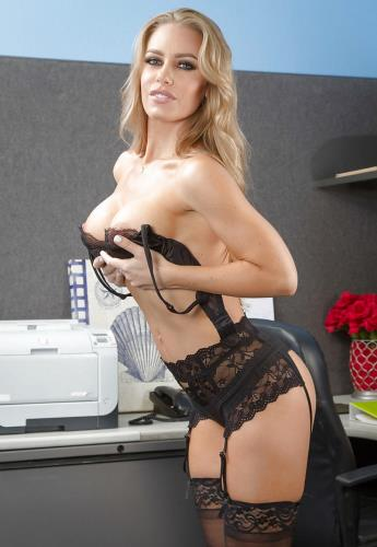 Nicole Aniston - Nicole is in a long distance relationship and needs her physical needs fulfilled
