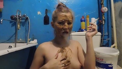 KatyaKASS - Smoke and smear myself with shit 2 (FullHD 1080p)