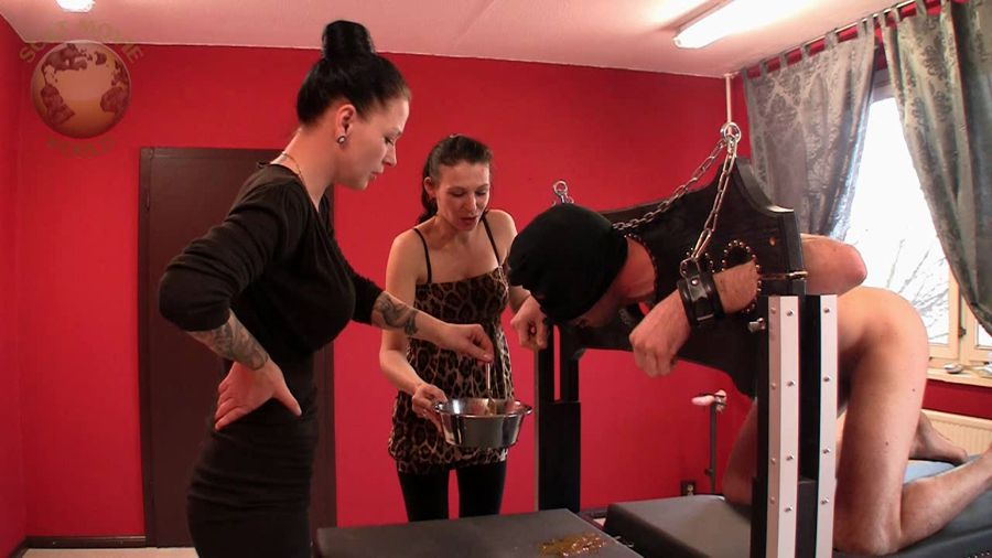 Scat-Movie-World - Lady Chantal, Miss Jane - Scatting and instiled - HD 720p