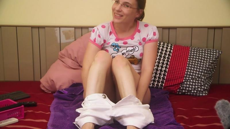 Teen Scat Little Miss Kinky Shitting my panties FullHD 1080p