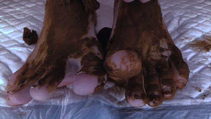 DirtyBetty - AMAZING Shit on my Sweet Feet [Scat Fetish/FullHD 1080p] - DepFile