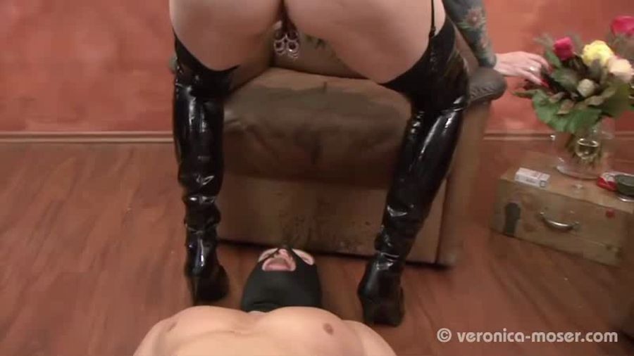 Mature Extreme Veronica Moser VM23 - THE BITCH SD