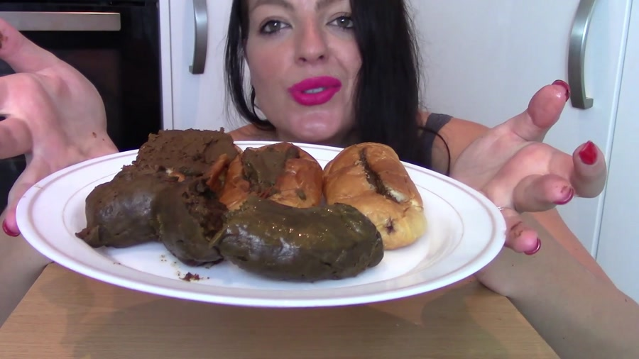 Poop Videos: Evamarie88 - Ginormous Shit Meal For Slave (Biggest Poo To Date) [FullHD 1080p] Solo, Milf