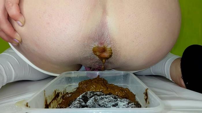 Shitting - Anna Coprofield - Collect 4 shit to freeze (FullHD 1080p)