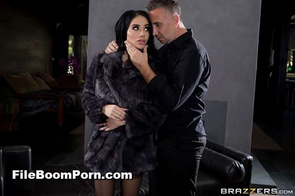 BrazzersExxtra, Brazzers: Victoria June - Fuck Me By The Fire [SD/480p/317 MB]