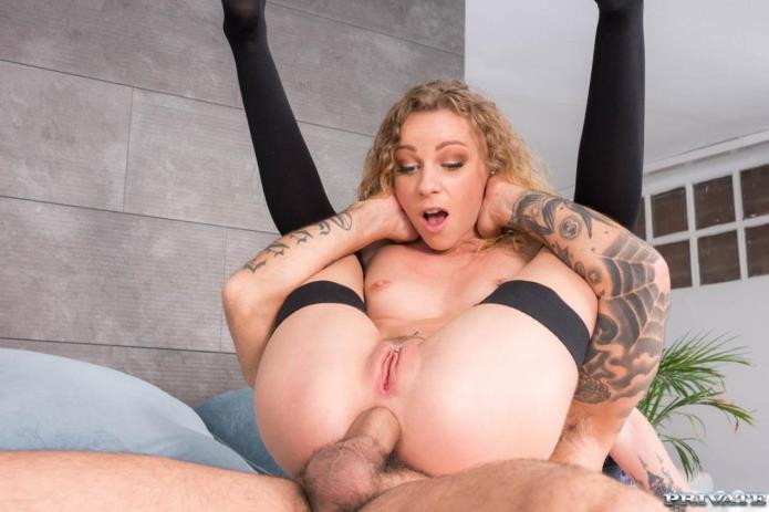 Perfect Blonde Can't Get Enough Anal / Angel Emily / 19-11-2018 [FullHD/1080p/MP4/2.31 GB] by XnotX