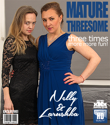 Lorushka (41), Nelly (43) - hairy housewives Nelly and Lorushka having a threesome (FullHD 1080p) - Mature - [2018]
