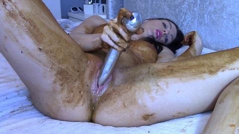 Evamarie88 - Legging Crackling Shit And Smear [FullHD, 1080p]