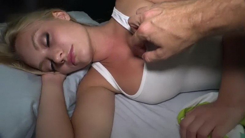 [Clips4Sale] - Unknown - Perverted father cant resist his pretty sleeping daughter (2018 / SD 480p)