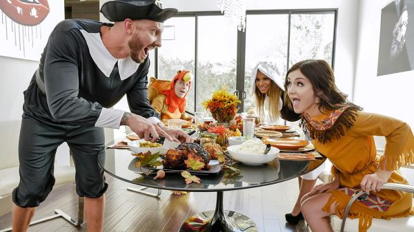 Brooklyn Chase, Rosalyn Sphinx - Thanksgiving Snatch Stuffing [SD 540p] 2018