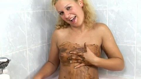 Gloria Cruz - Blonde Poops and Fisting big black Dildos [FullHD, 1080p] [ScatShop.com]