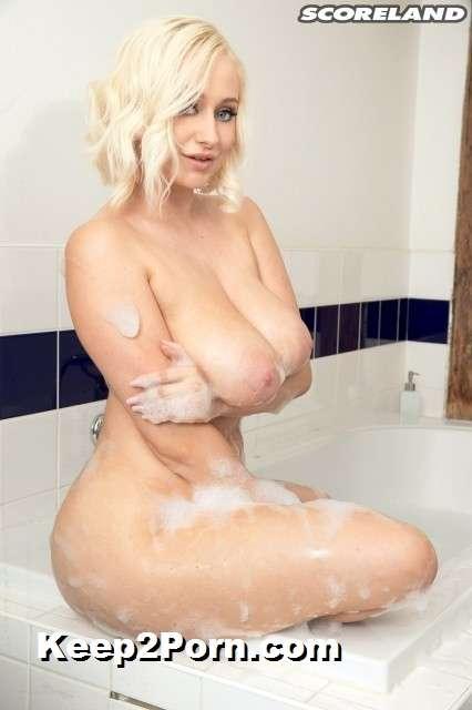 Rachael C - Busty Bikini Bath Babe [PornMegaLoad,Scoreland / HD]