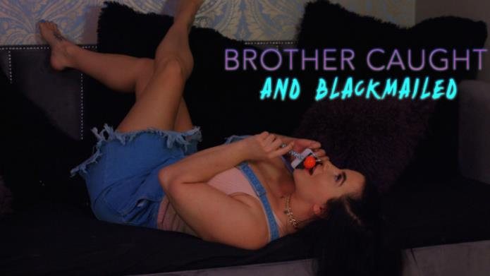 Brother Caught and Blackmailed / Korina Kova / 08-12-2018 [FullHD/1080p/MOV/1.63 GB] by XnotX