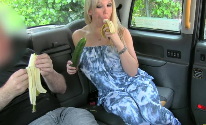 Rebecca Moore - Double penetration and hard anal fucking for free taxi ride (SD 480p) - FakeTaxi - [2018]