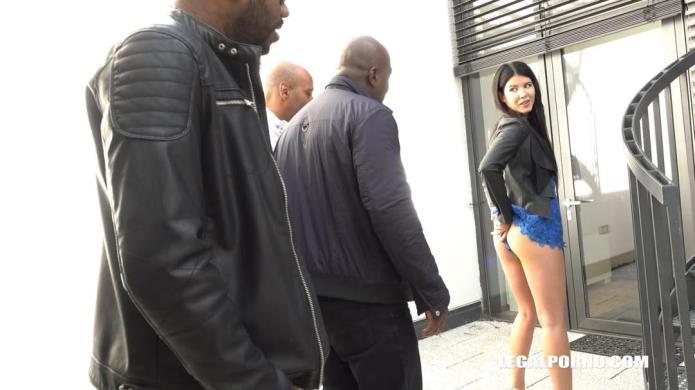 Sexy bitch Lady Dee is coming to try black cocks IV218 / Lady Dee, Joachim Kessef, Tony Brooklyn, Darnell Black / 16-12-2018 [HD/720p/MP4/2.10 GB] by XnotX