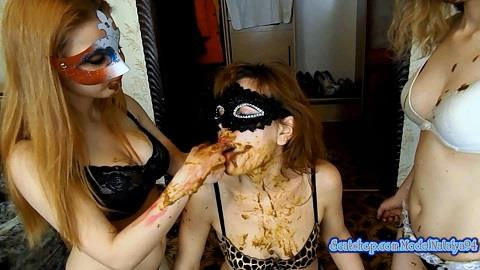 My friends filled my mouth with shit / ModelNatalya94 / 15-12-2018 [FullHD/1080p/MP4/1.46 GB] by XnotX