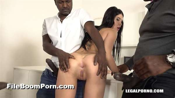 LegalPorno: Lady Dee, Joachim Kessef, Tony Brooklyn, Darnell Black - Sexy bitch Lady Dee is coming to try black cocks IV218 [SD/480p/1.18 GB]