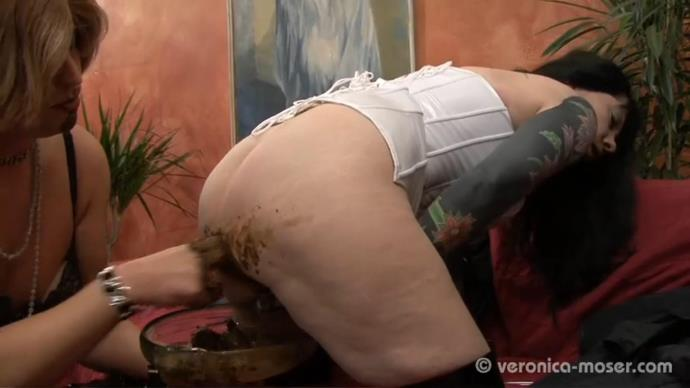 Veronica Moser - Extreme Lesbian Scat [FullHD, 1080p]