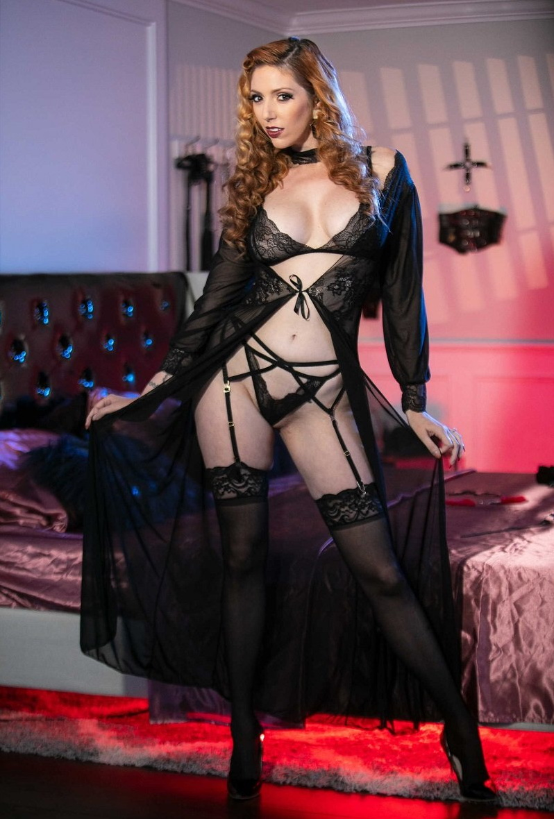 Lauren Phillips - BDSM Confidential (Brazzers) HD 720p