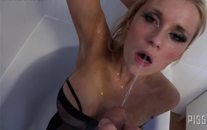 Barbie Bangs - Anal Debut (PissList) [HD 720p]