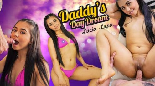 Lucia Lupa - Daddy's Day Dream (03.12.2018/VRLatina.com/3D/VR/UltraHD 2K/1500p)