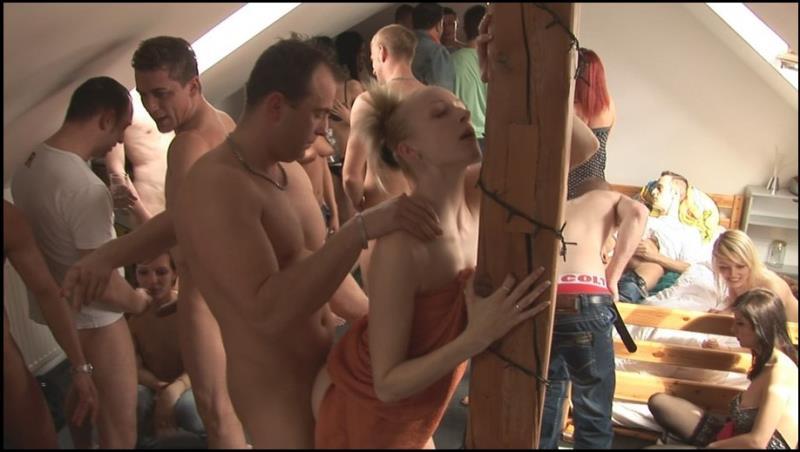 CzechAV: Amateurs CZECH HOME ORGY 7 - PART 6 [HD 720p]