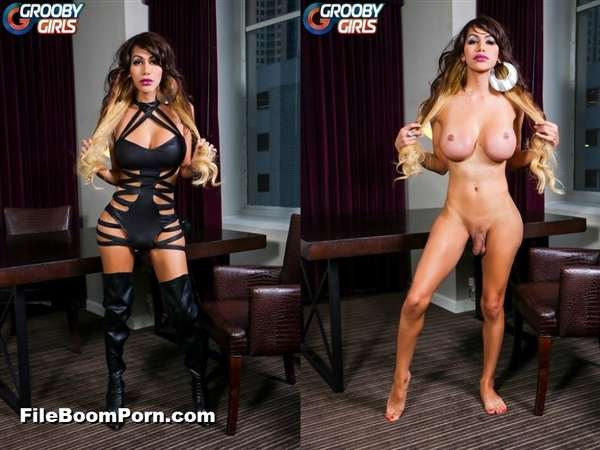 GroobyGirls: Steffany Smith - Steffany Smith Is Back! [HD/720p/508 MB]