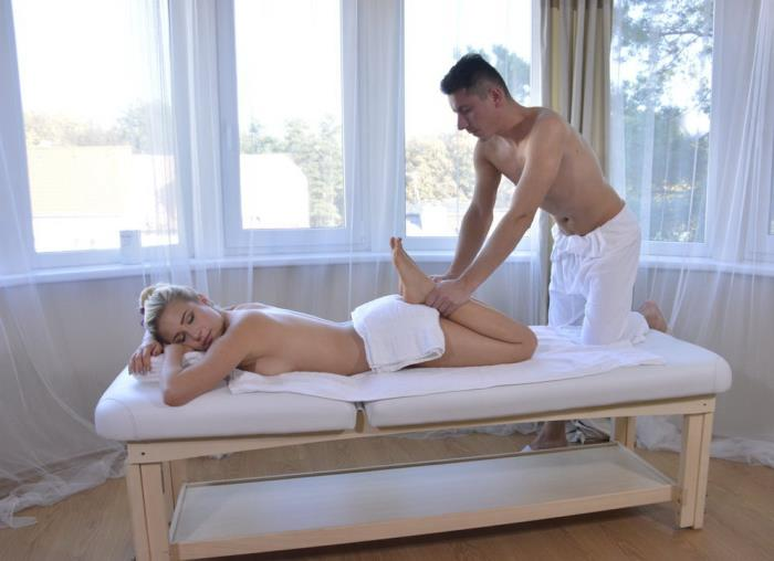 Gabi Gold - Sexy home massage for German blonde (SD 480p) - SexyHub - [2018]
