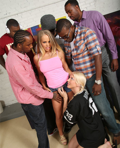 Britney Young - Blacks On Blondes [HD 720p] 2019