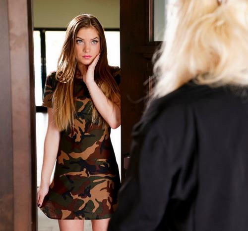 London River, Summer Brooks - Out of the Closet (FullHD)