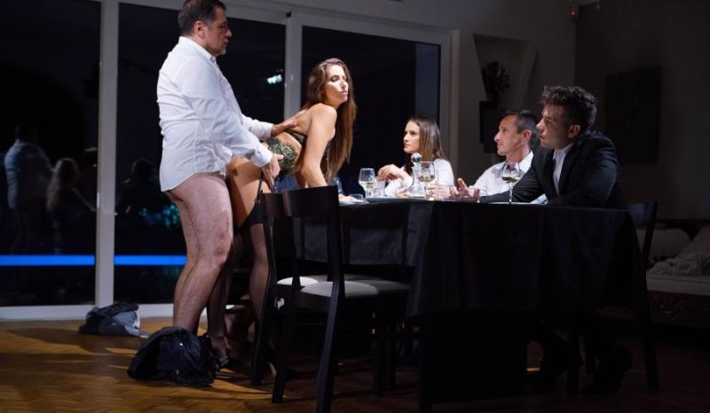 Clea Gaultier: A submissive for dinner (FullHD / 1080p / 2019) [DorcelClub]
