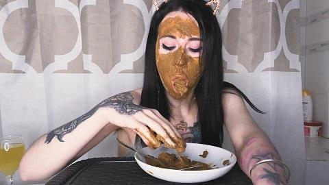 DirtyBetty - Real Scat Breakfast [FullHD, 1080p]