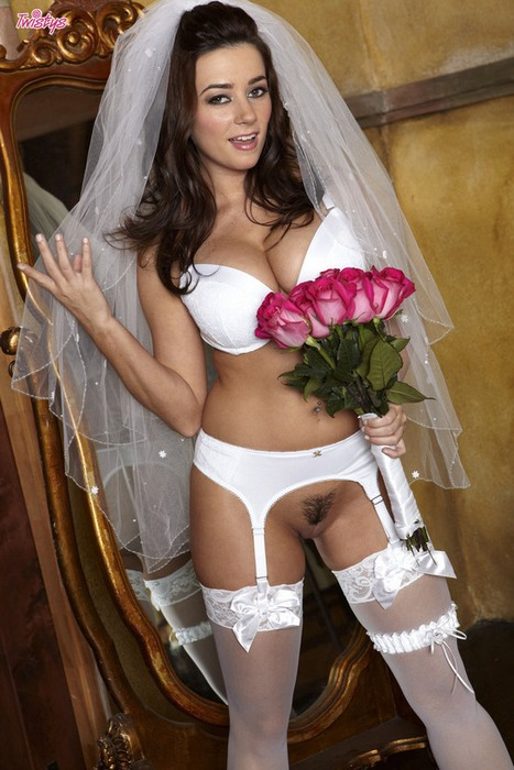 Twistys: Taylor Vixen - Taylor Vixen - The Bride (HD) - 2019
