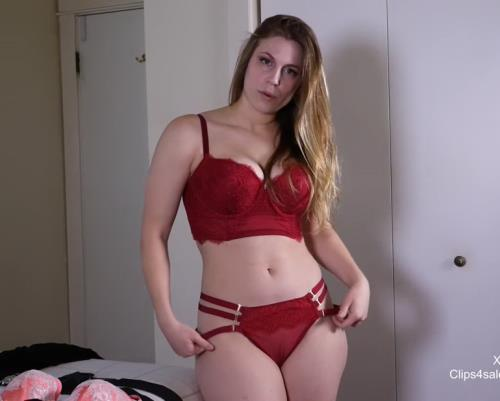 Xev - Mommy Lets You Watch Her Change Clothes (FullHD)
