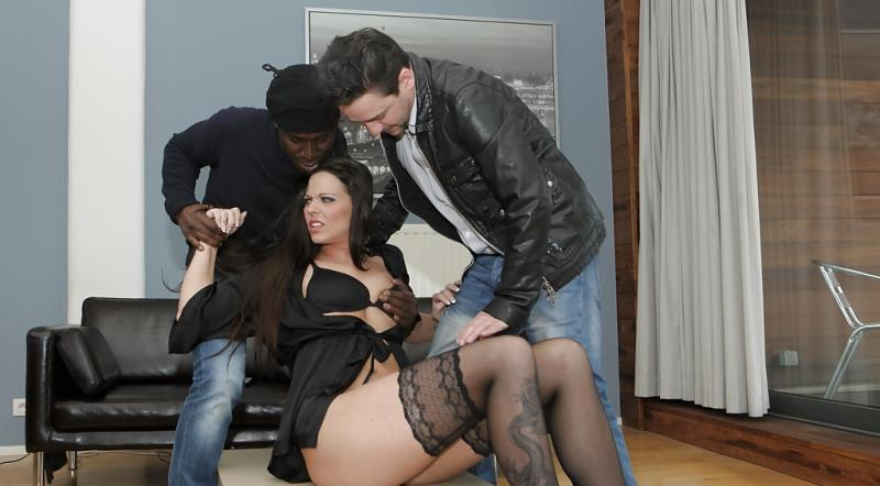SIMONY DIAMOND - CHEATING MILFS 03 (ElegantRaw) [HD 720p]