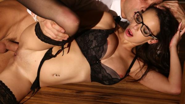Sophia Laure - Anal Orgasm For Sophia Laure [HD 720p] 2019