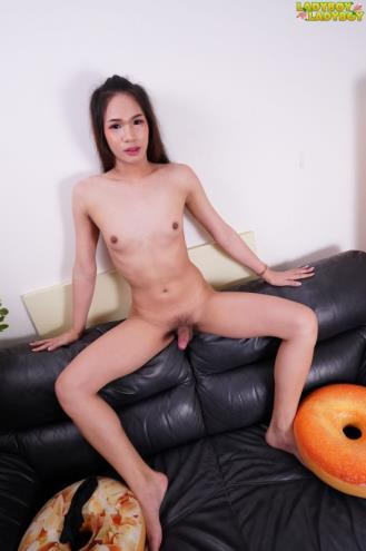 Po - Naughty Po Works Her Cock! (31.01.2019/Ladyboy-Ladyboy.com/Transsexual/FullHD/1080p)