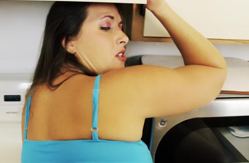Madison: Ass Slut Momm (FullHD / 1080p / 2019) [Clips4Sale]