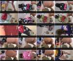 Japanese girls in national costumes pissing and shitting in a public toilet. [656 MB] SD Jade scat, Scatting