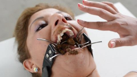 Mikaela Wolf - Scat Domination Open Mouth By Mikaela Wolf 18 Years Old (FullHD 1080p)