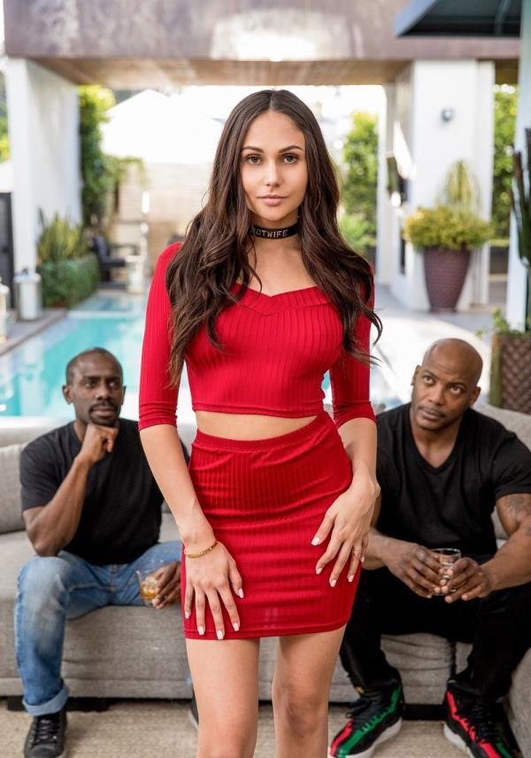 Ariana Marie - The Hot Wife (2019/HD)