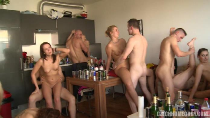 CZECH HOME ORGY 9 - PART 7 / Eurobabes / 01-02-2019 [FullHD/1080p/MP4/436 MB] by XnotX