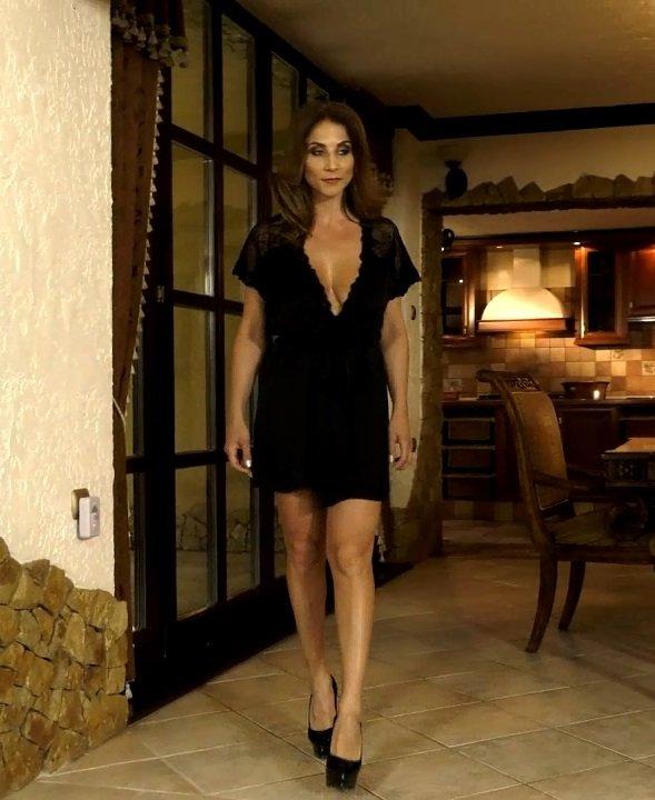 Roberta Gemma - Una matrigna perfetta [SalieriXXX] (HD|MP4|1.71|2019)