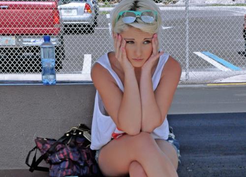 Dani Desire - Blonde Cutie Fucks a Complete Stranger In His Car (423 MB)