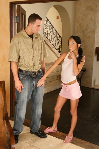 Stephanie Kane - Stephanie Kane needed doors fixed now her legs open just f ...