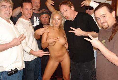 Jasmine Tame - Tampa Bukkake Gang Bang Party (123 MB)